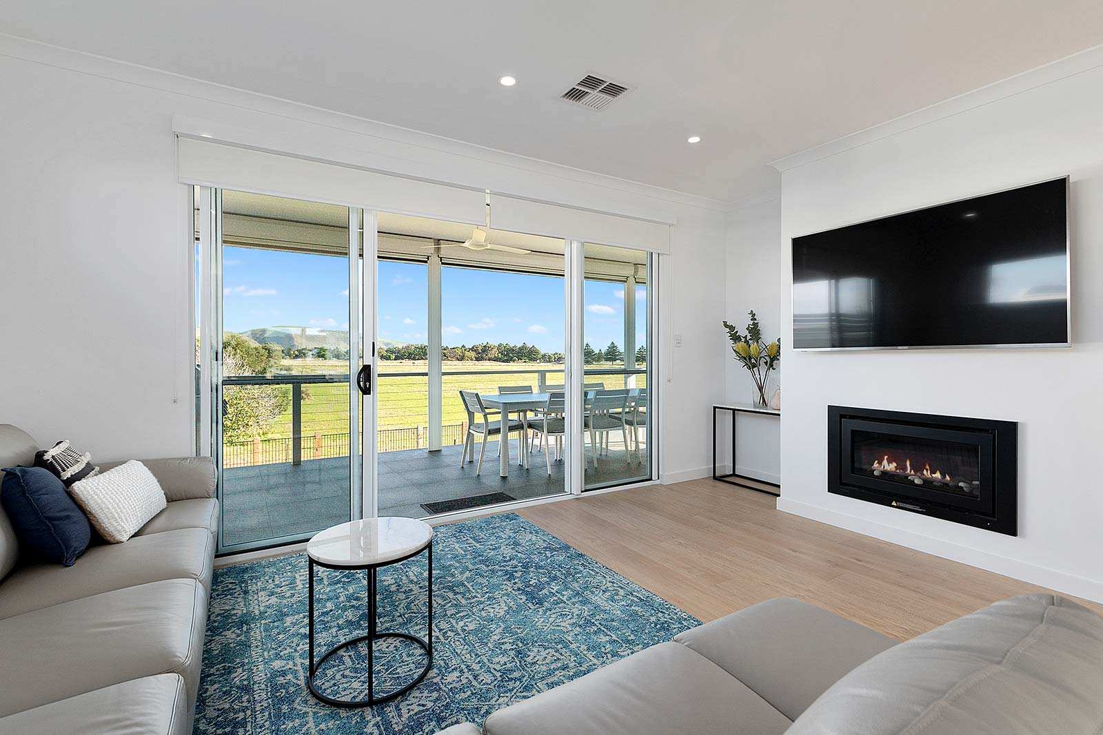 Azcon Homes Double Storey Custom Built Home Normanville 005