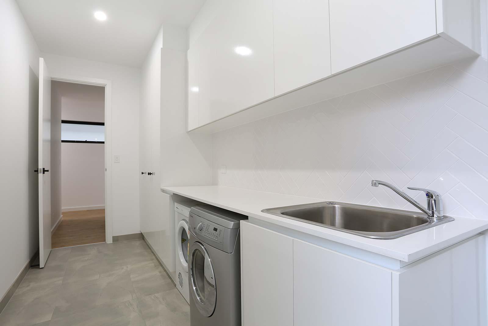Azcon Homes Double Storey Custom Built Home West Beach D 012
